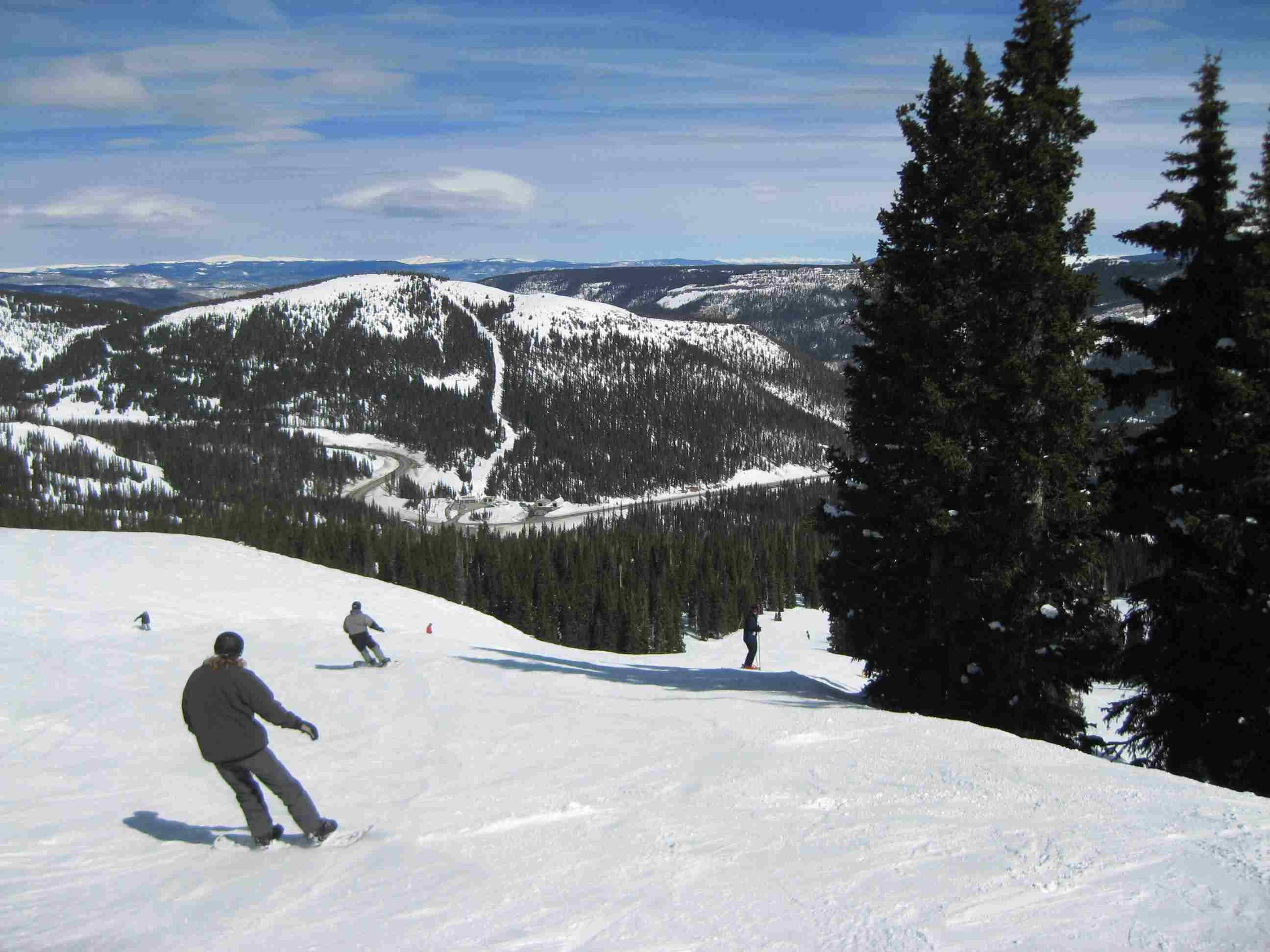 Sunny slopes at Wolf Creek Ski Area