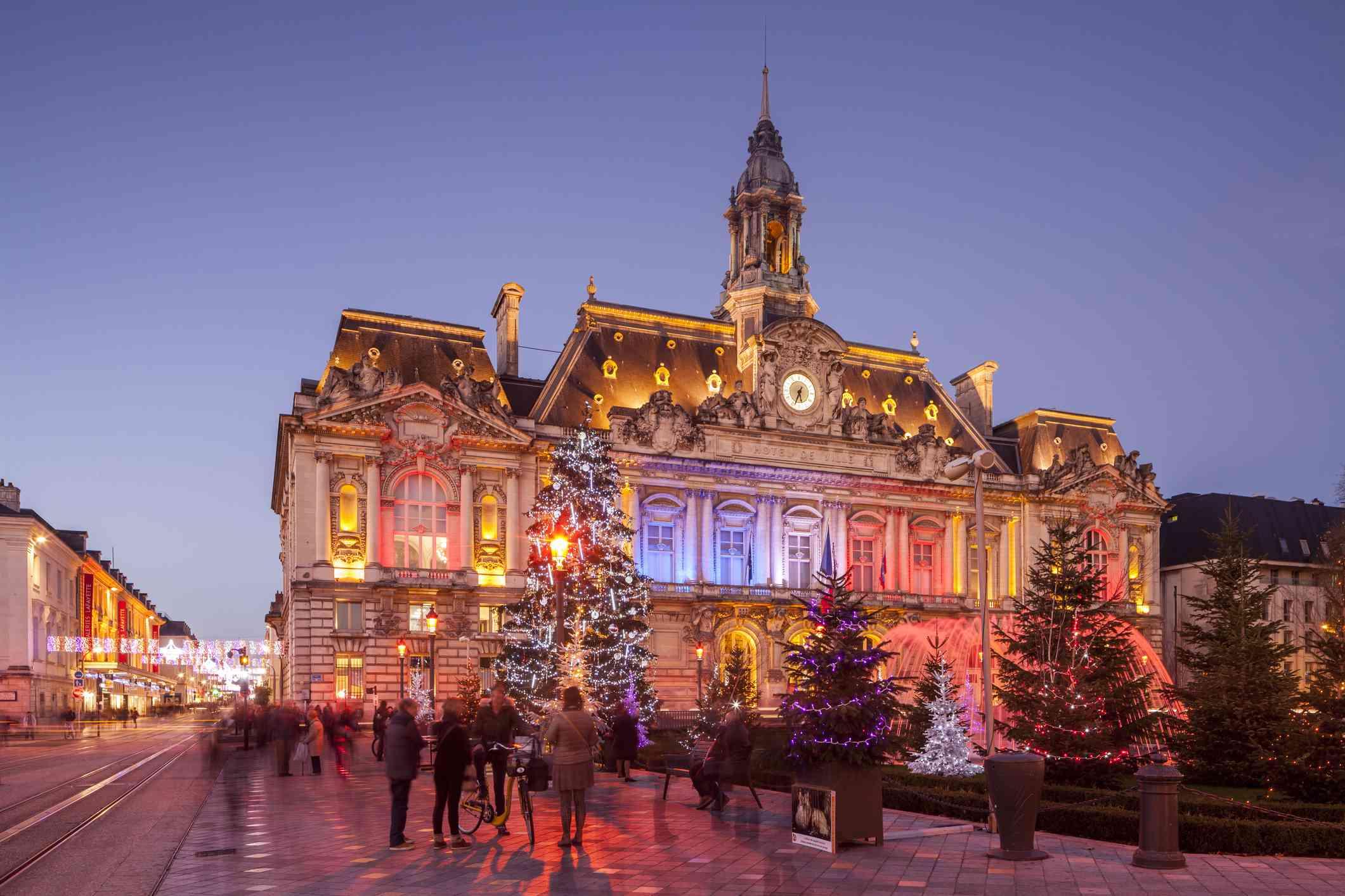 Christmas decorations at Hotel de Ville, Tours.