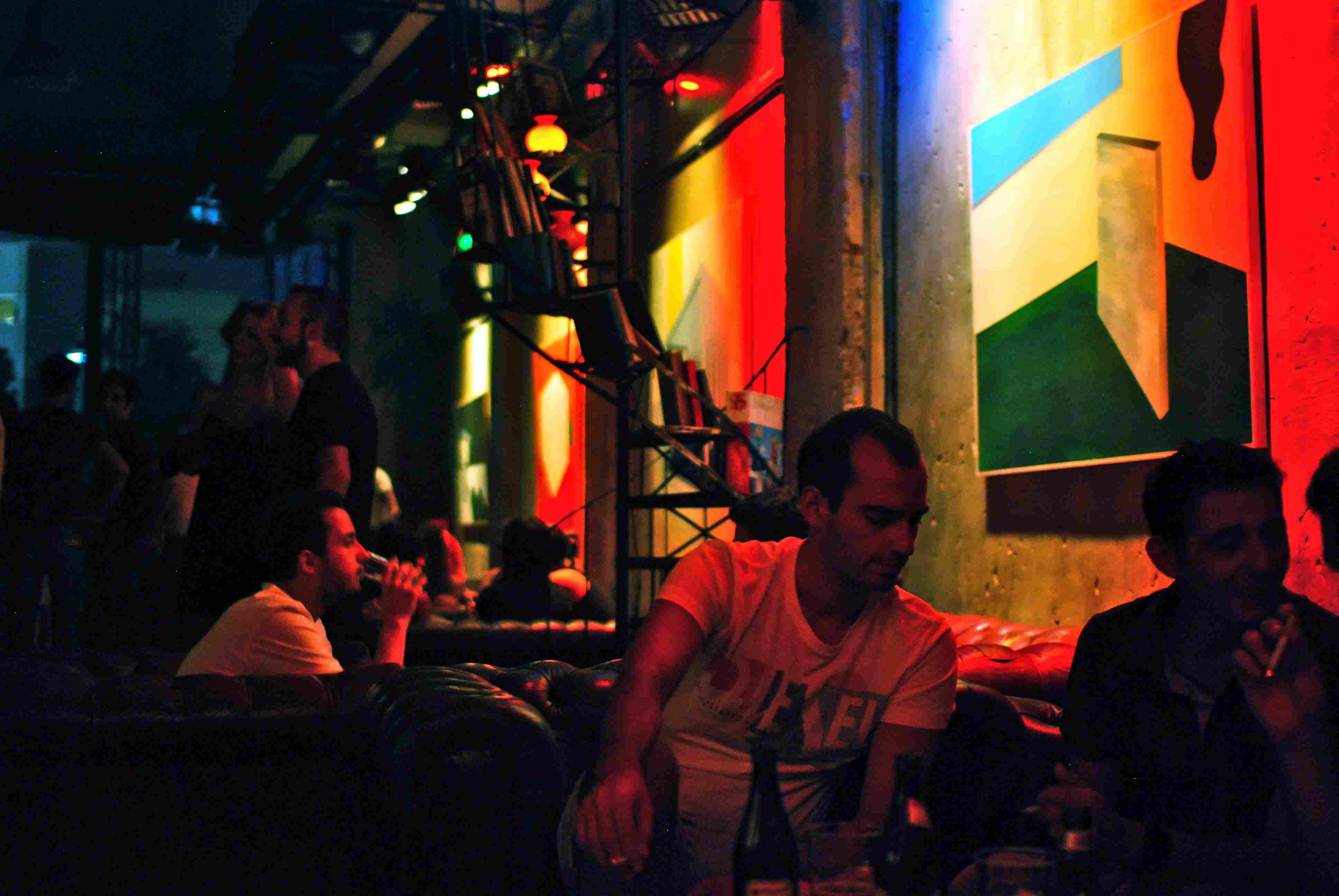 Hoxton Bar in Gazi