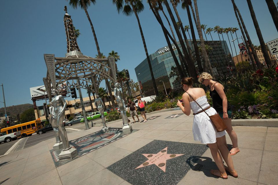 The Gateway to Hollywood Statue