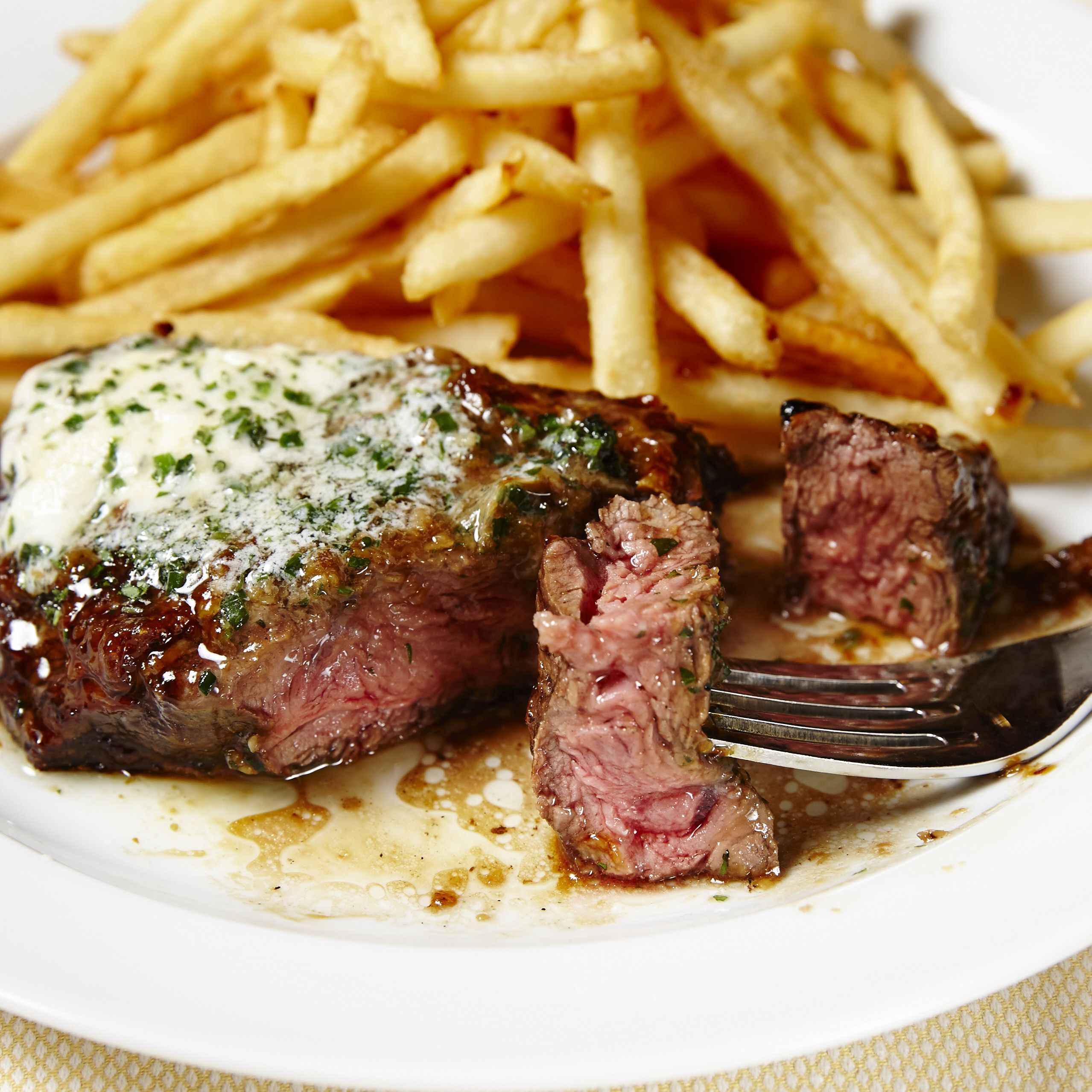 Where to Find the Best Steak-Frites in Paris