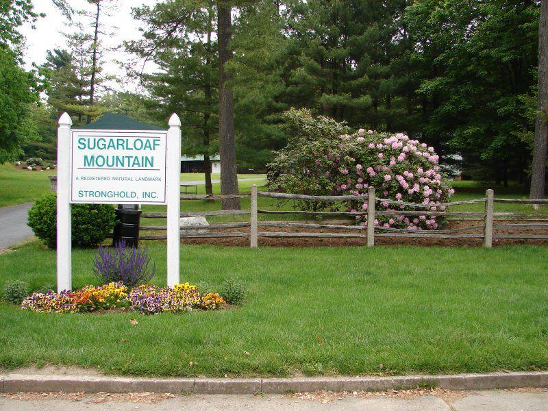 Sugarloaf Mountain Entrance