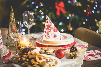 restaurants open christmas eve and day on long island nassau county - Pizza Delivery On Christmas Day