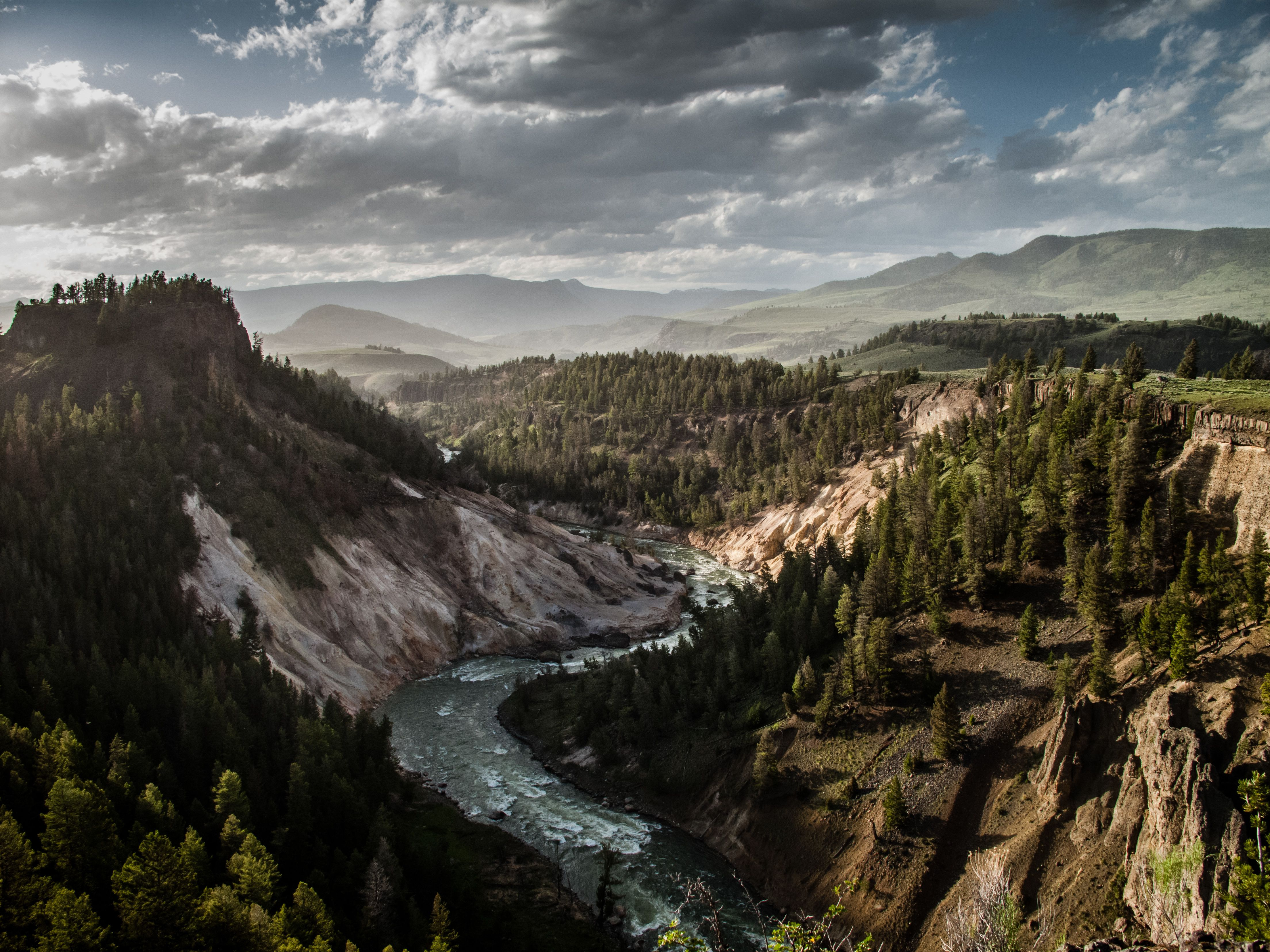 5 Great Hikes In Yellowstone National Park