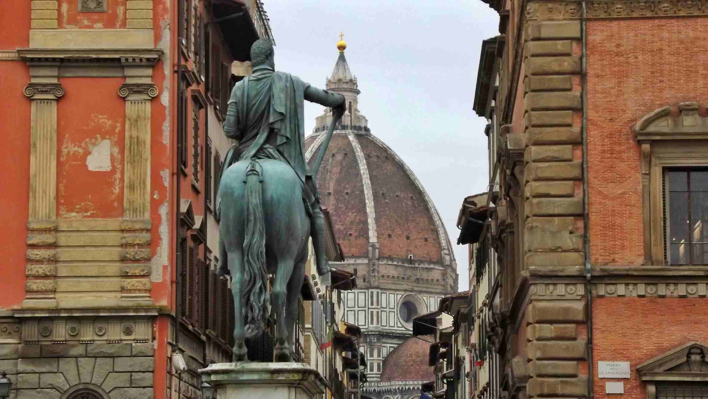 Statue In Santissima Annunziata, Florence Italy