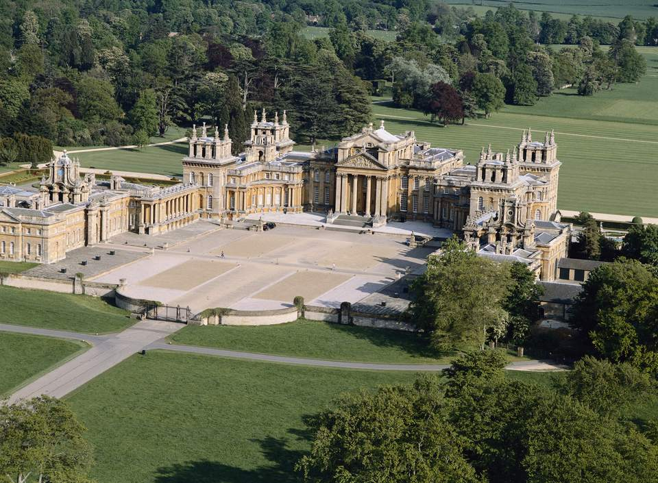 Take a Blenheim Palace Tour in Photos 3419364909