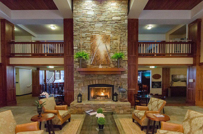 Where to Stay in Southern Oregon   Running Y Lodge, Klamath Falls