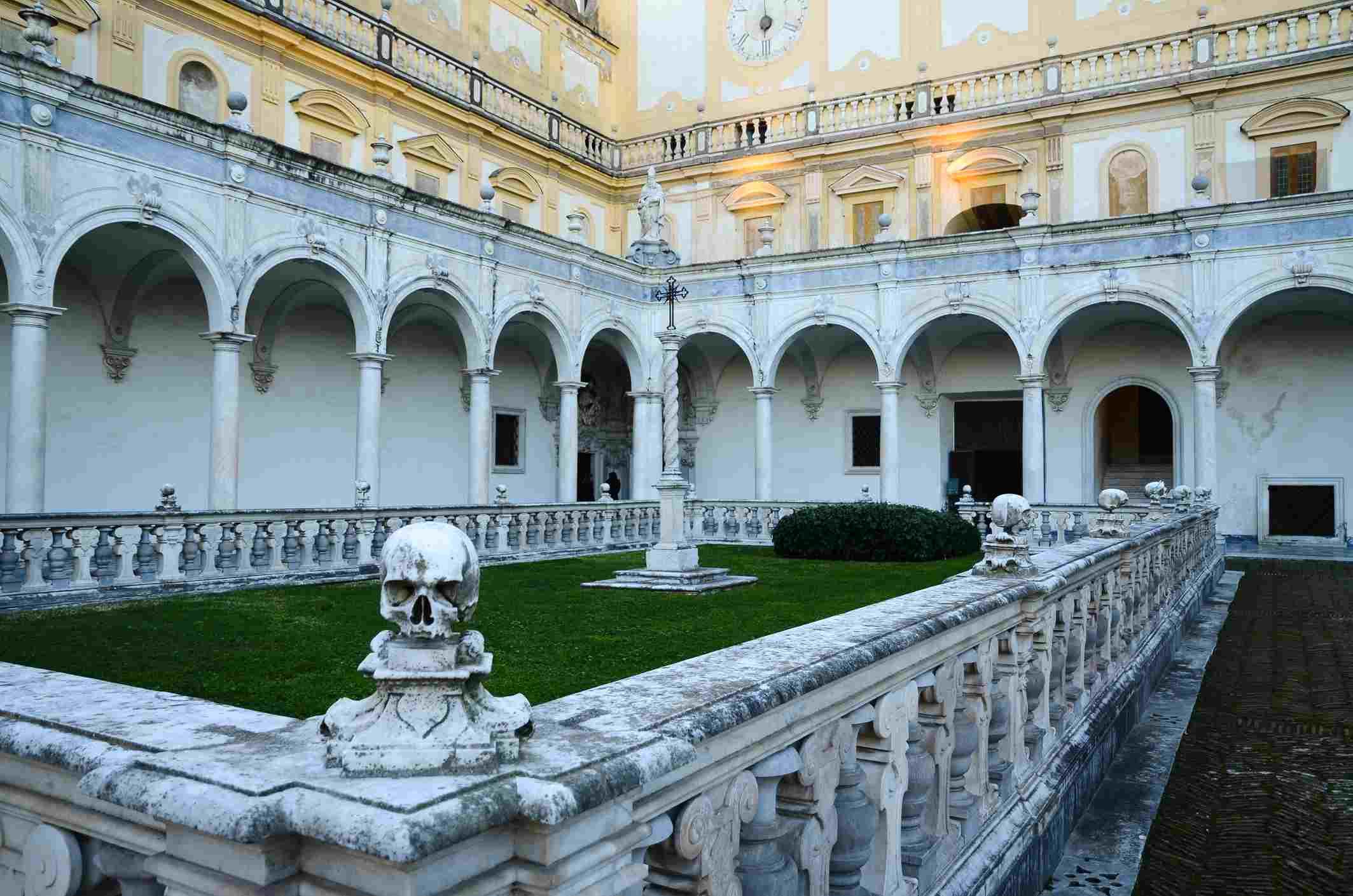 Cráneo en la Cartuja de San Martín, Nápoles (Italia)