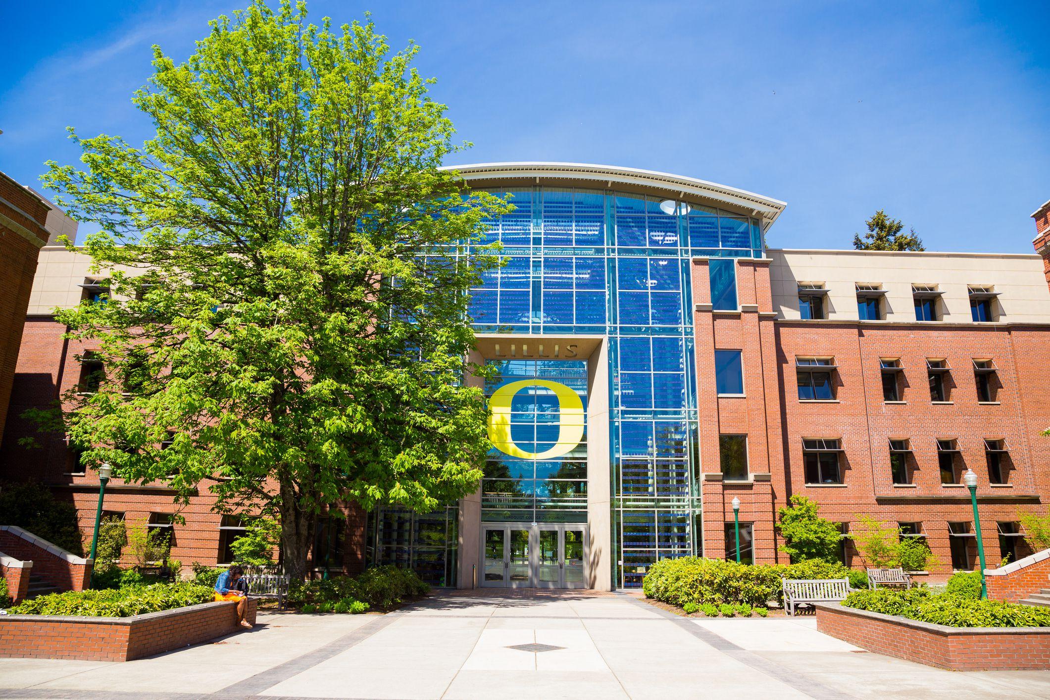 Lillis Business School at University of Oregon