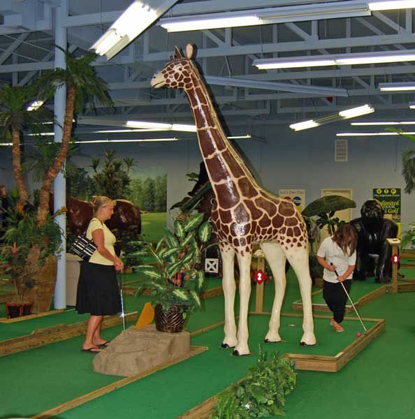 Jambo Park Indoor Miniature Golf in Phoenix