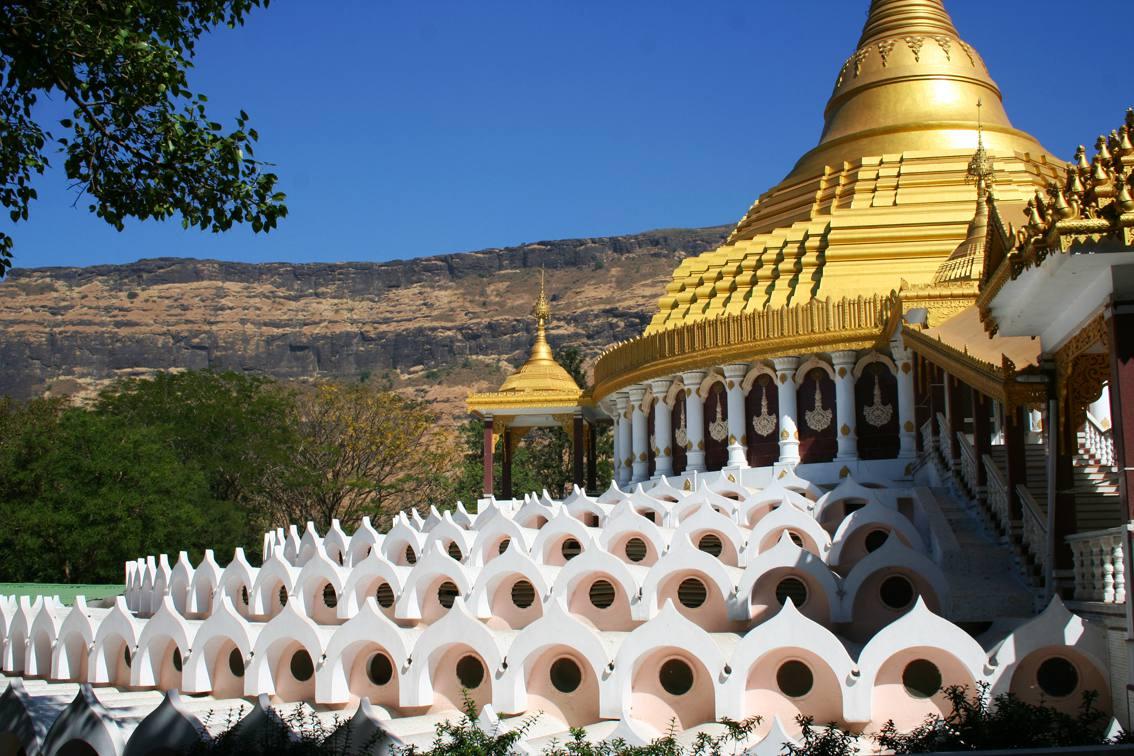 15 Top Vipassana Meditation Centers in India