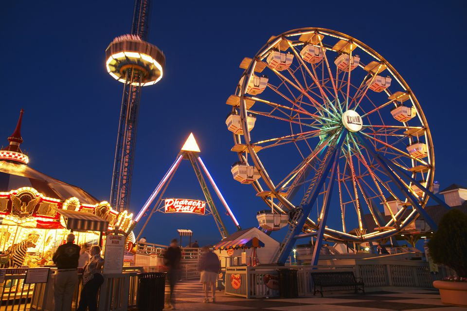 USA, Texas, Galveston Bay, Kemah Boardwalk, night