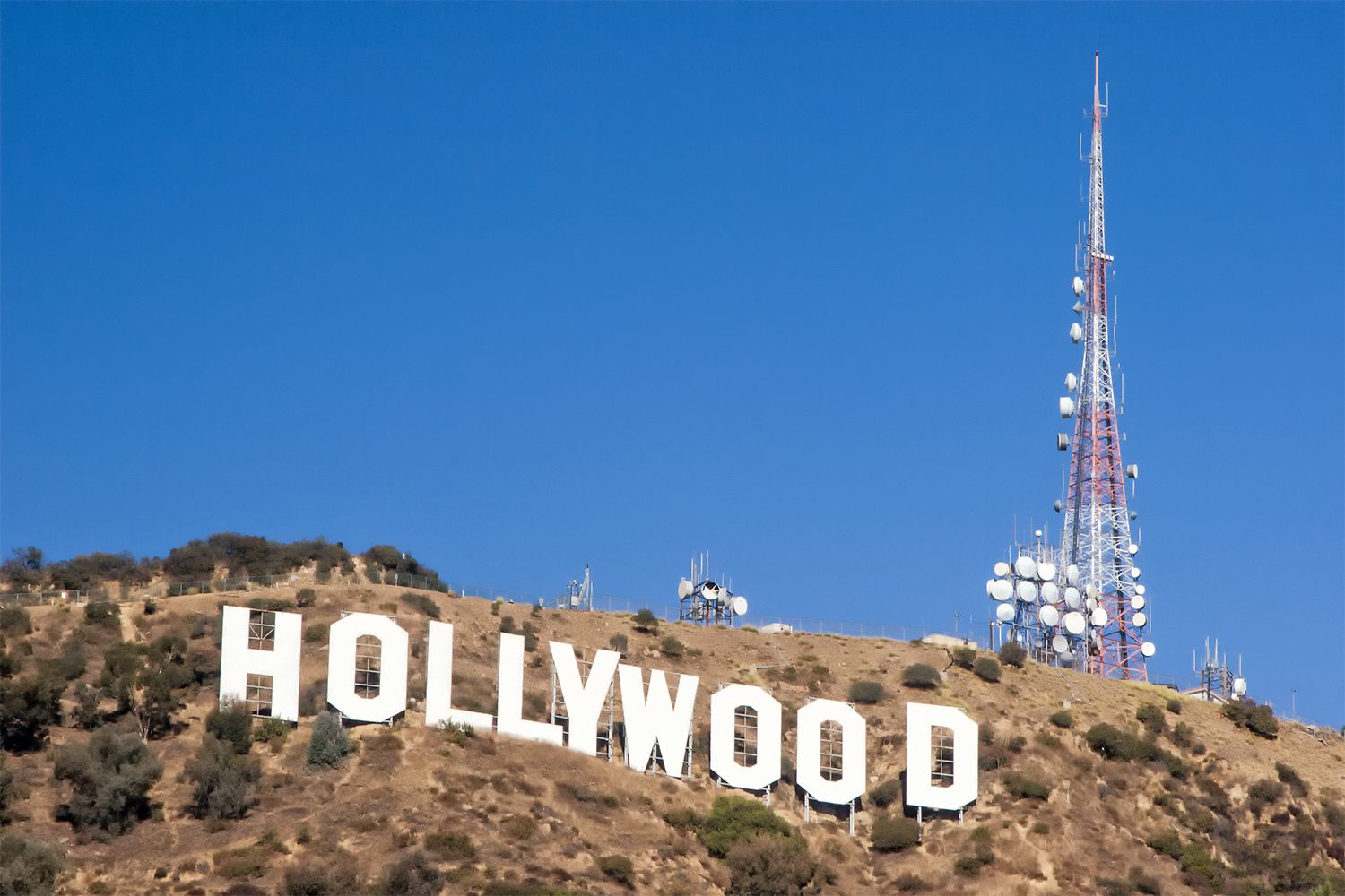 The Hollywood Sign Where To View It And Hike To It