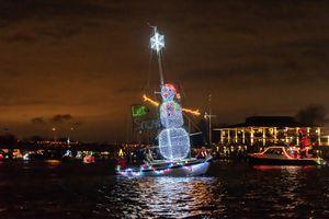 Illuminated snowman at the Eastport Yacht Club Parade of Lights