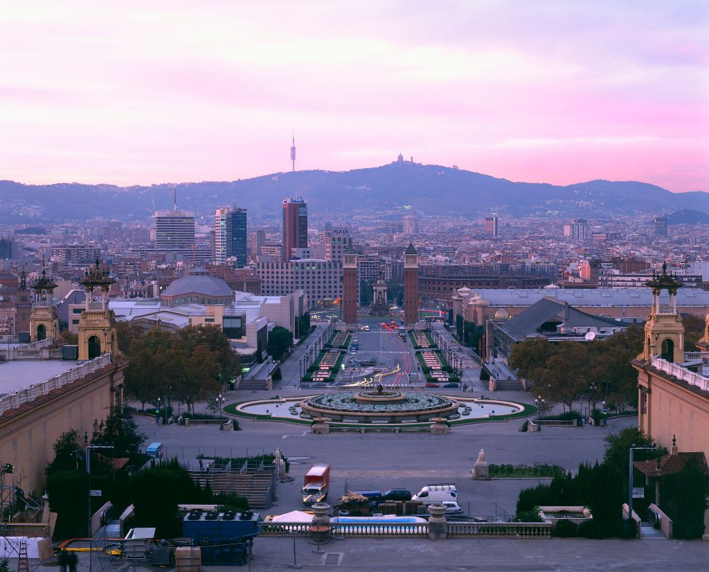 Barcelona Dossier cover image
