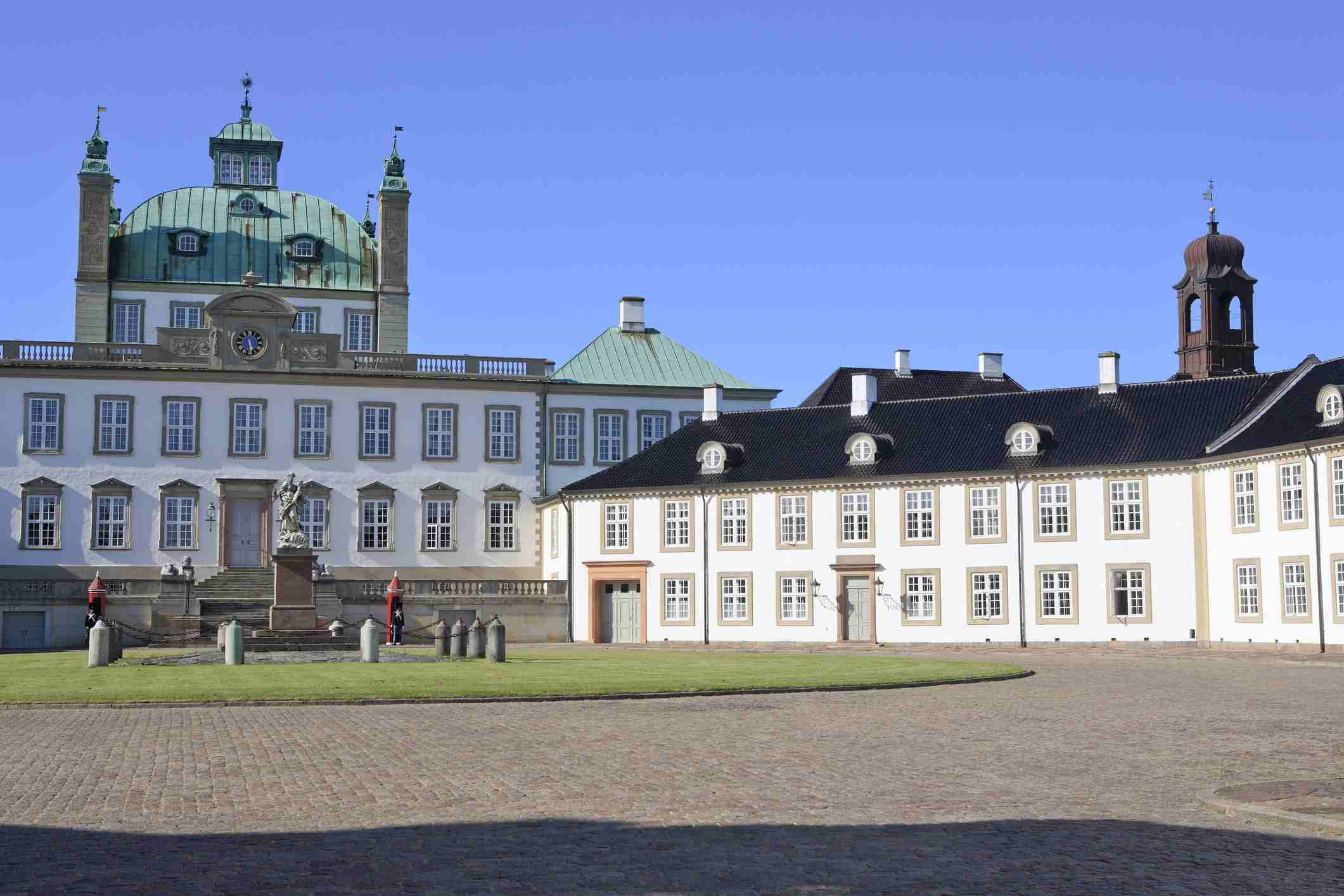 Fredensborg palace and park