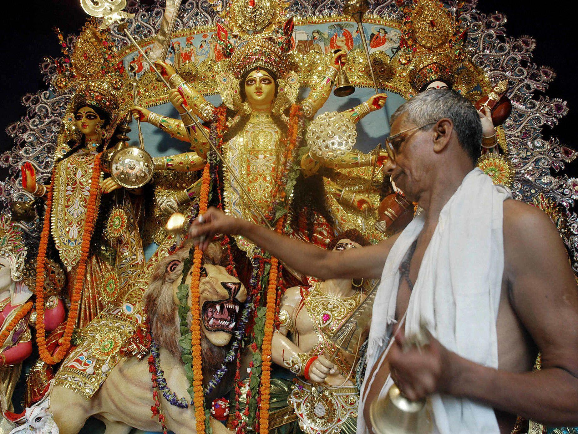 2019 Durga Puja Festival in India: Essential Guide