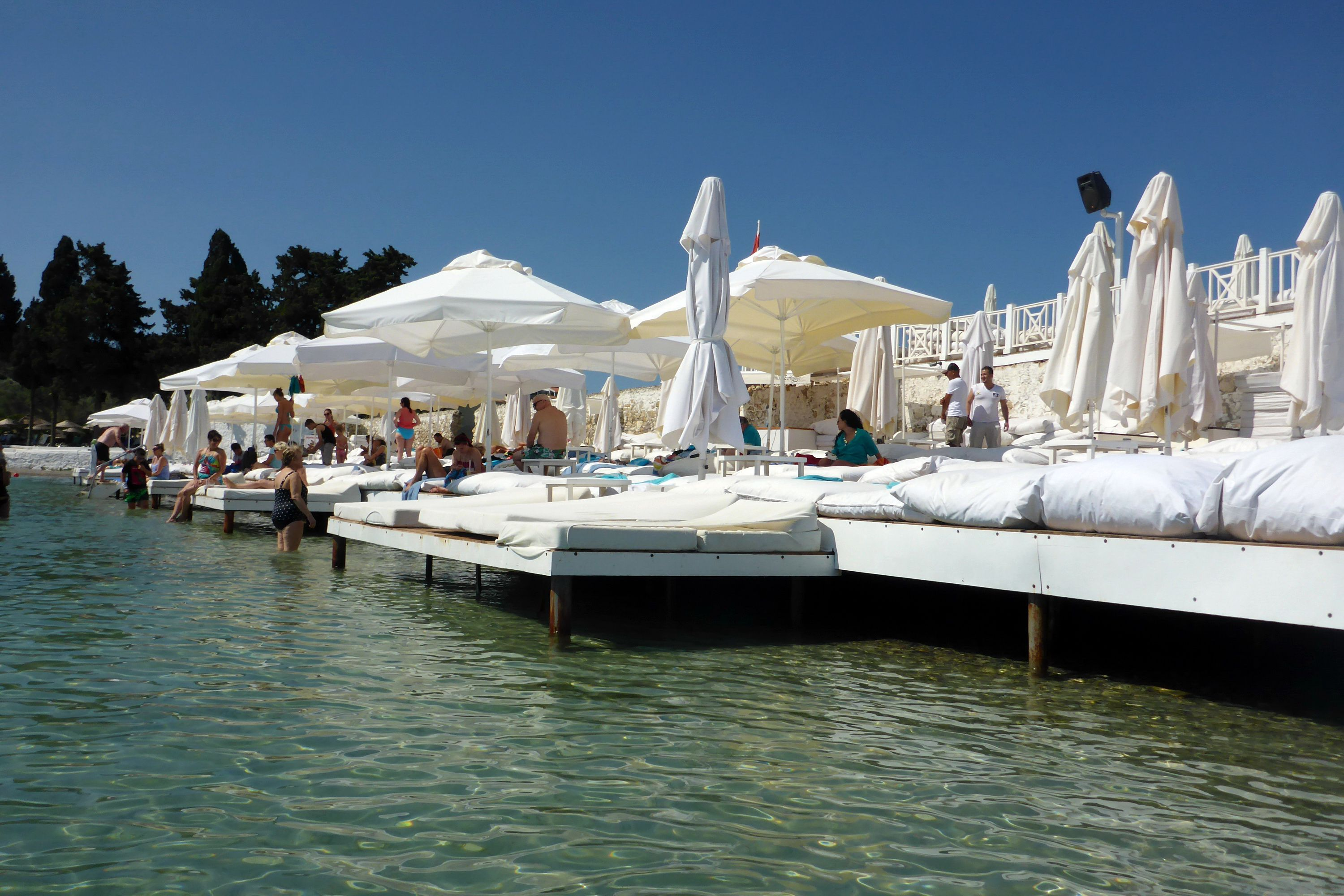 Waterfront seating at the Sole Mare Beach Club