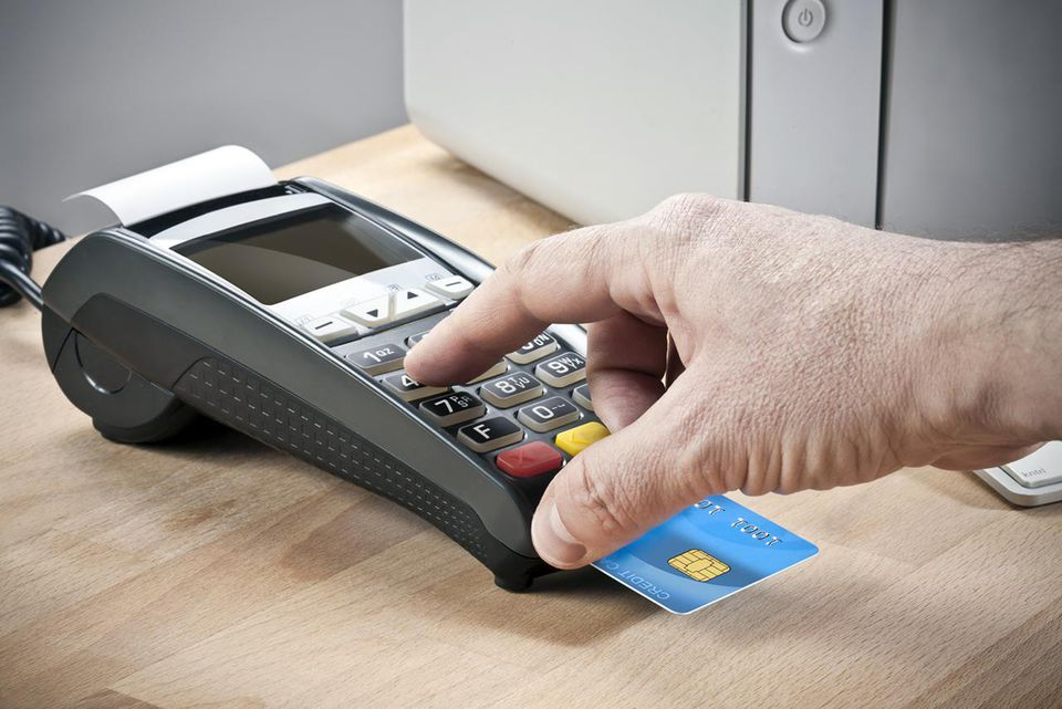 Credit card reader for Chip-and-PIN transactions