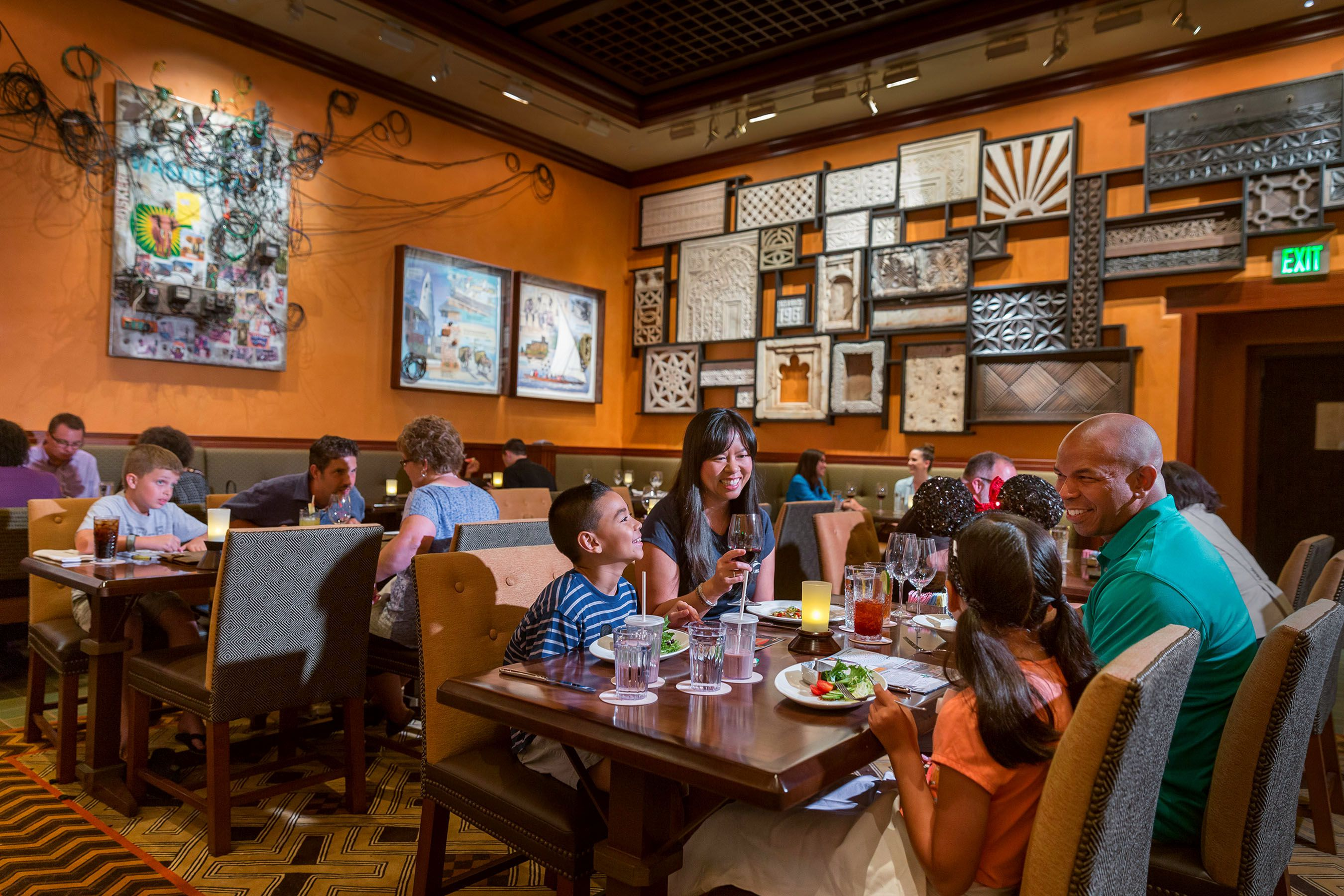 The Top TableService Restaurants At Disney World - Magic kingdom table service restaurants