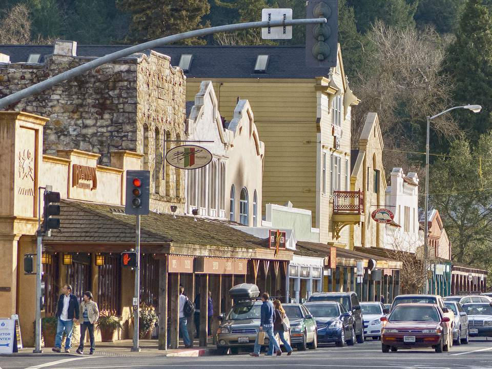 Calistoga Lincoln Avenue