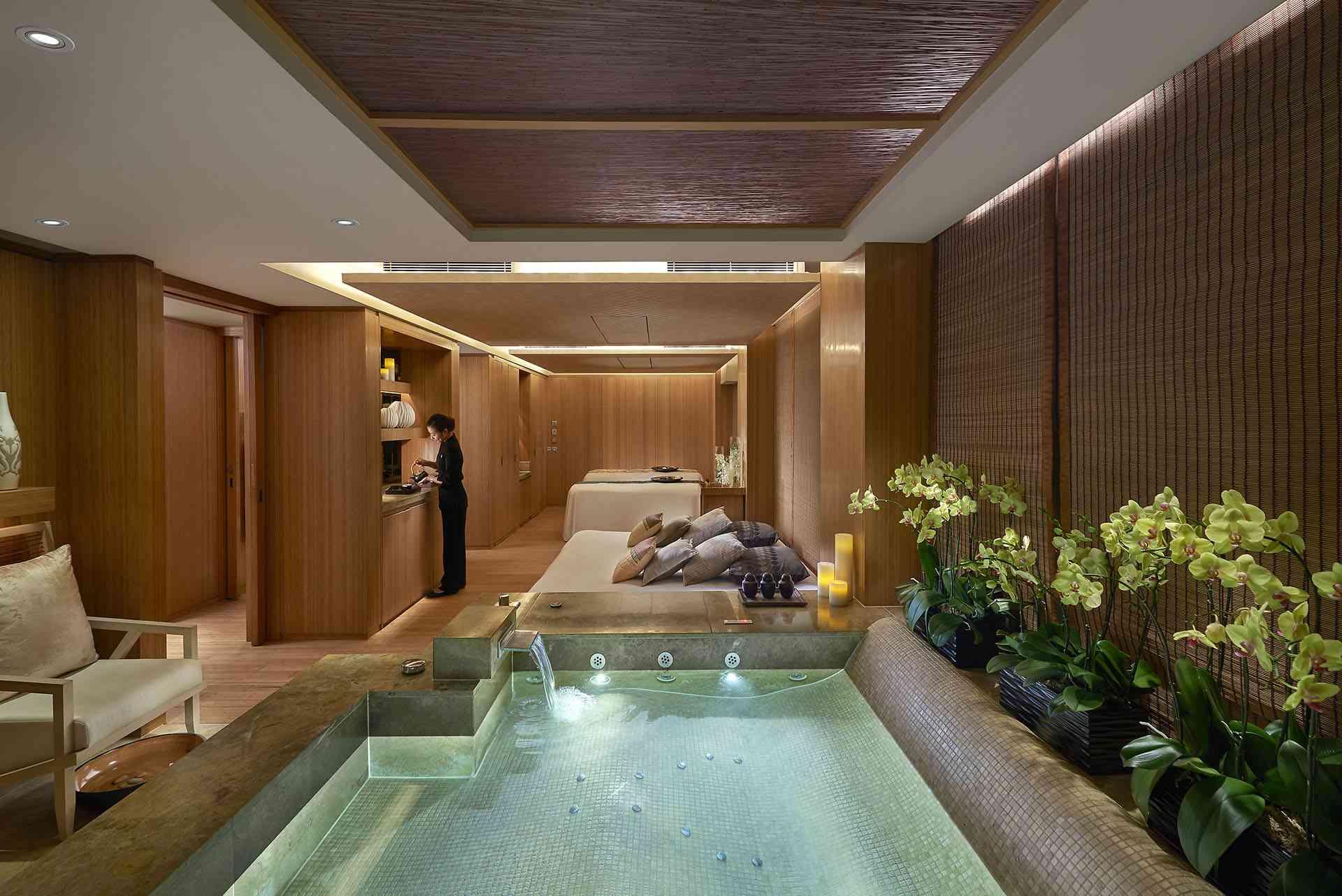 Oriental Spa at the Landmark Mandarin Oriental Hotel
