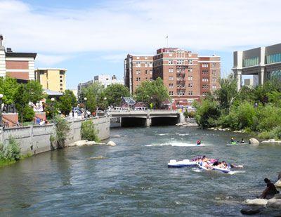 Riverwalk District Restaurants Bars S Arts Downtown Reno Nevada