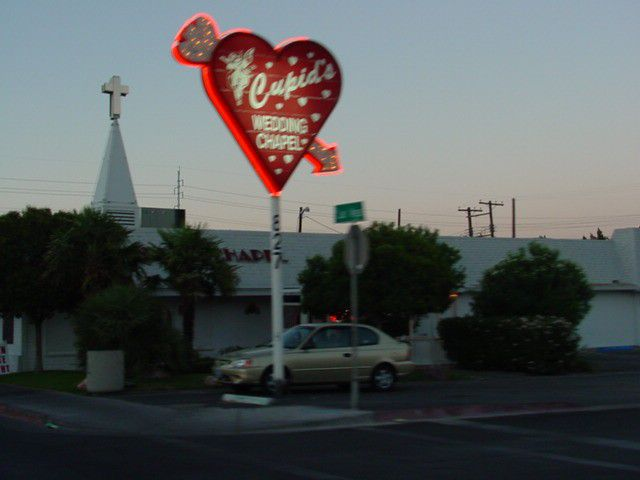 Pictures Of Las Vegas Wedding Chapels