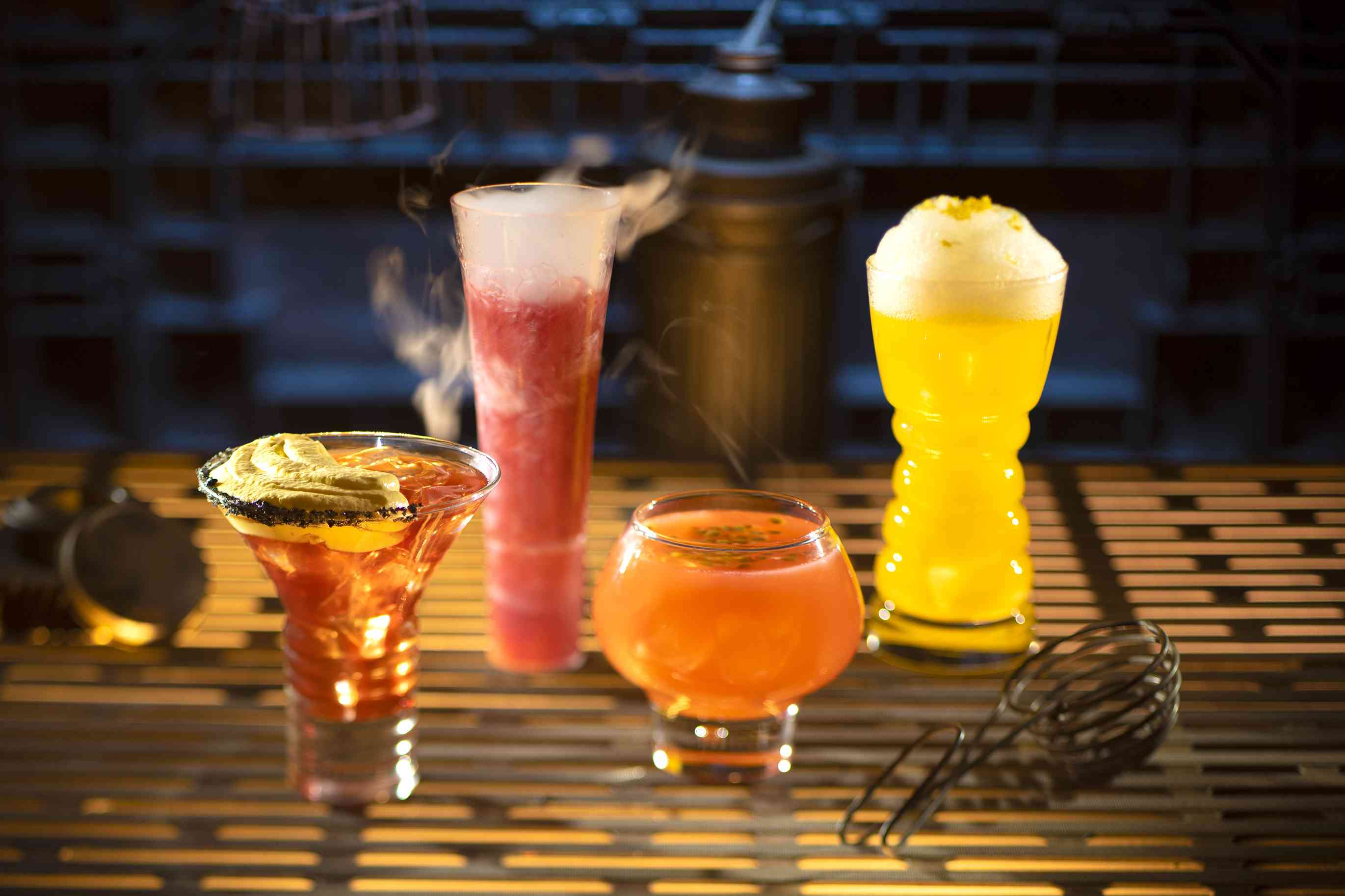Oga's Cantina drinks at Galaxy's Edge