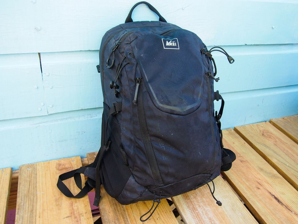 310811dd6faa Review  REI Traverse 30 Day Pack