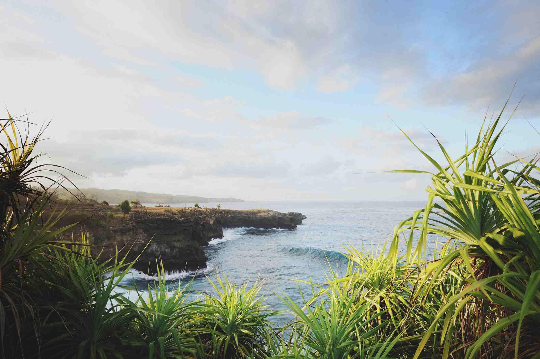 Nusa Ceningan morning landscape