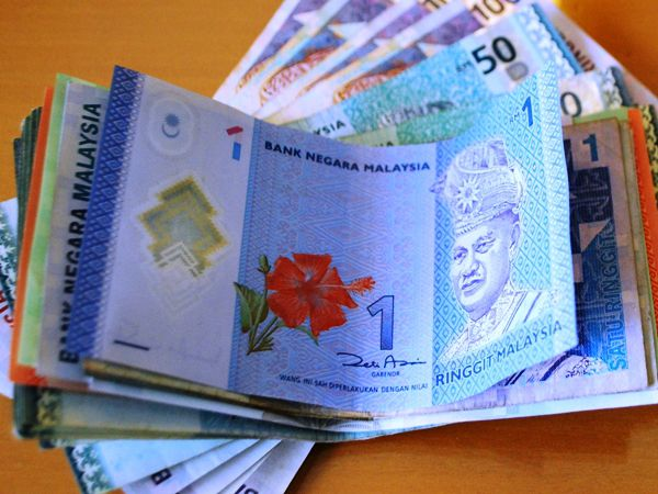 The Ringgit Using Money In Malaysia Wisely