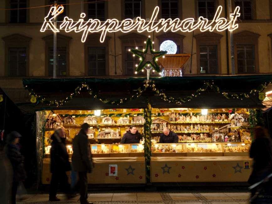 Kripperlmarkt on Marienplatz