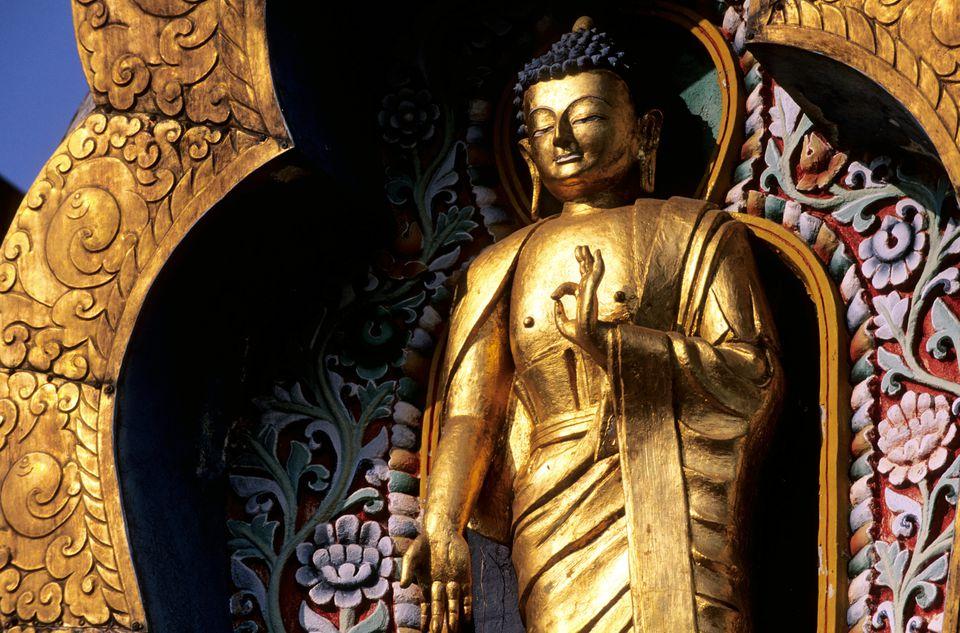 Estatua de Buda en Bodhgaya.