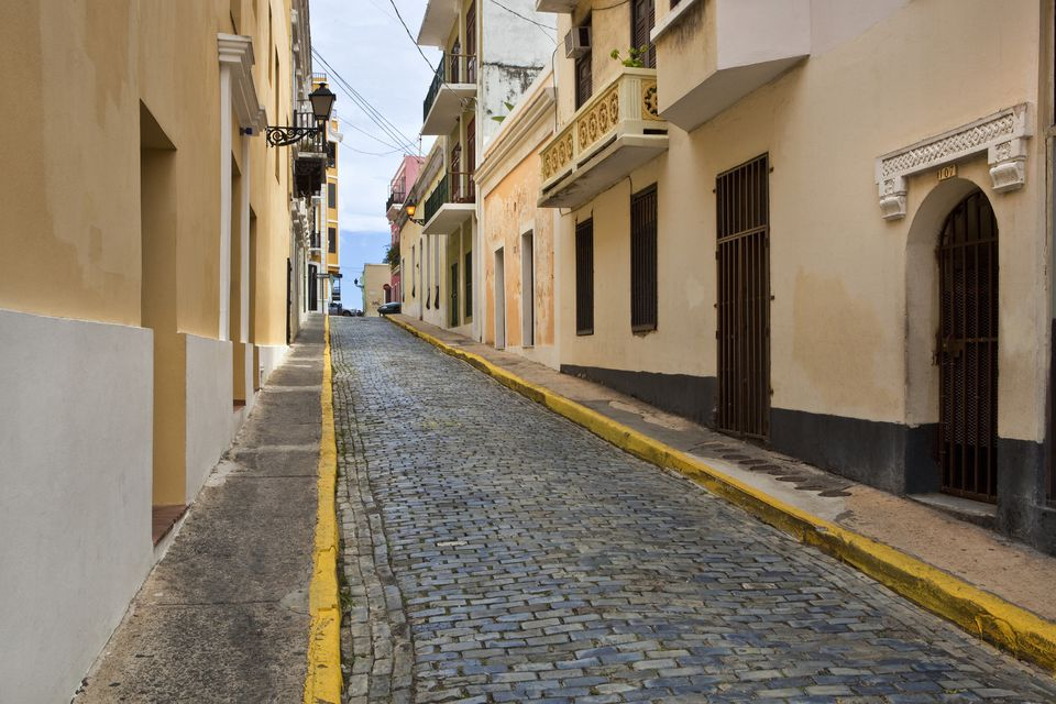 The tight streets of Old San Juan
