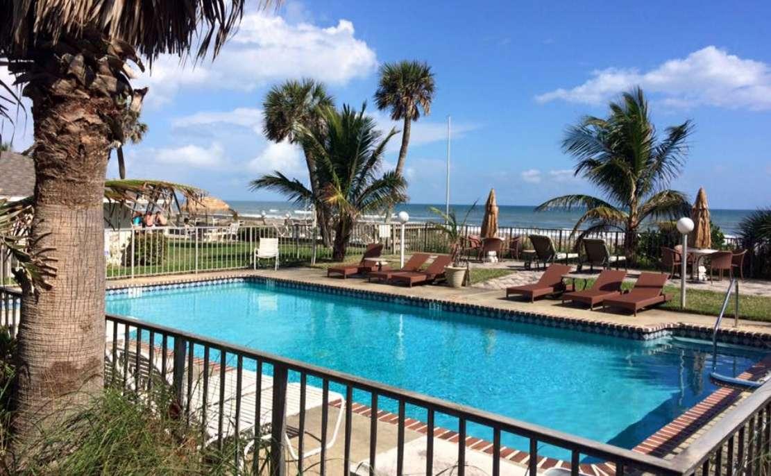 Surf Studio Beach Resort (Florida)