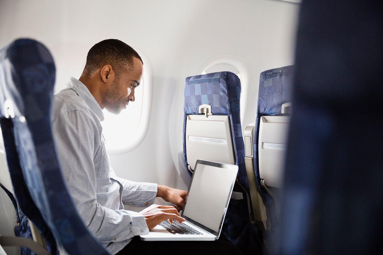 провоз фотоаппаратов и ноутбуков в самолете случае поломки деньги