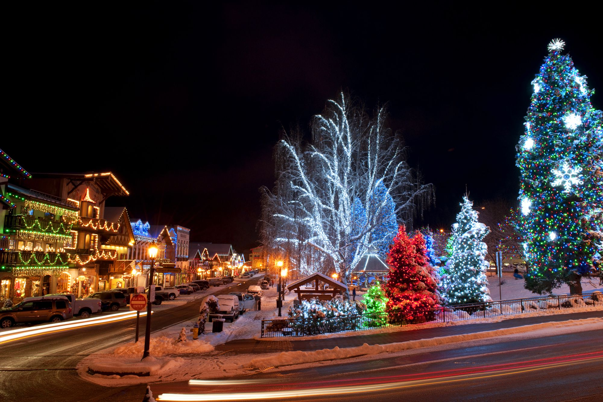 Christmas Towns and Getaways in the Pacific Northwest