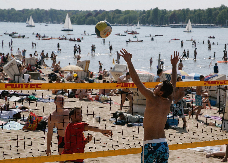 gewinnspiel beachvollleyball berlin