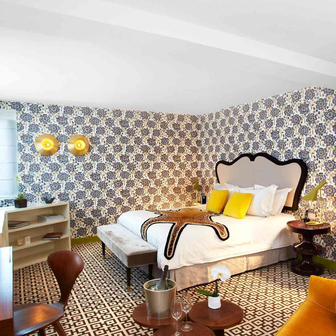 A prestige room at the Hotel Thoumieux, Paris