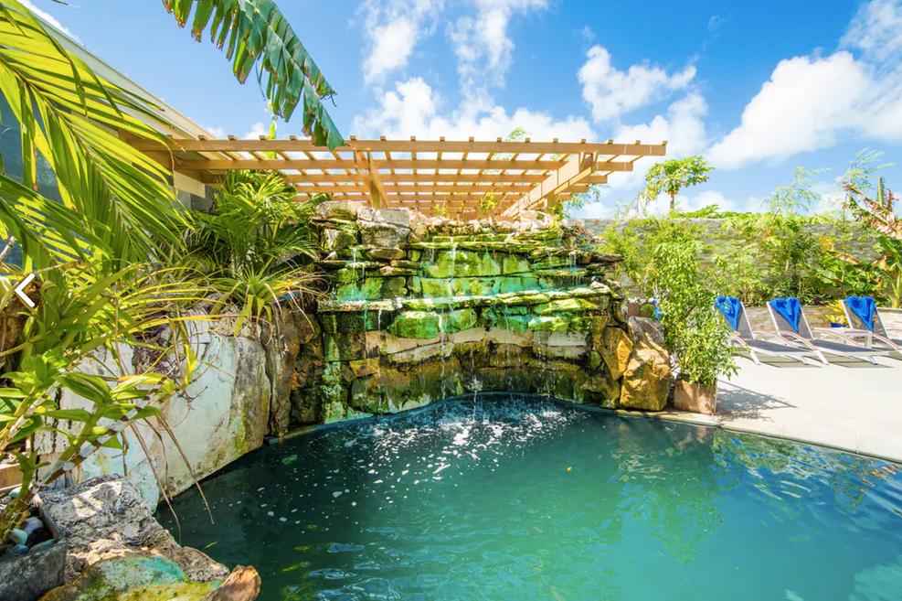 Kokomo Botanical Resort