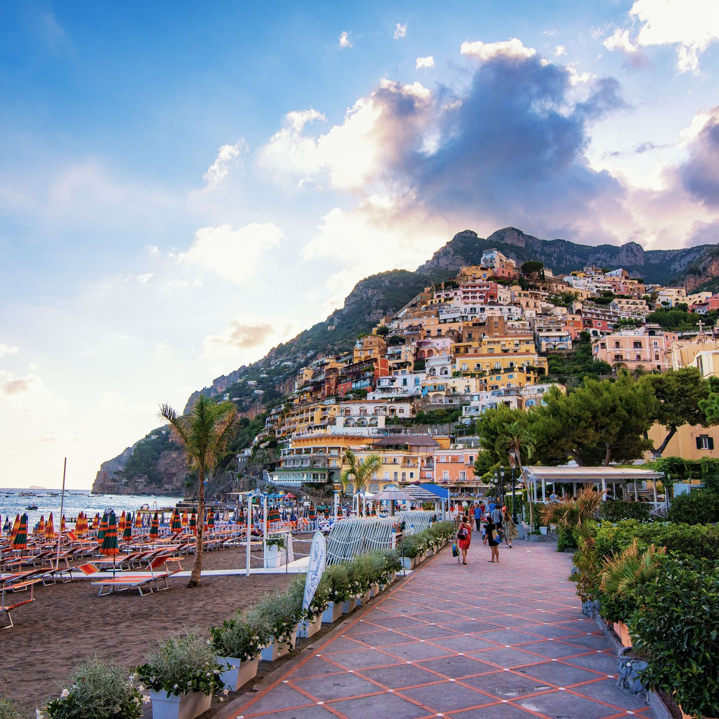 Weather on the Amalfi Coast: Climate, Seasons, and Average Monthly Temperature
