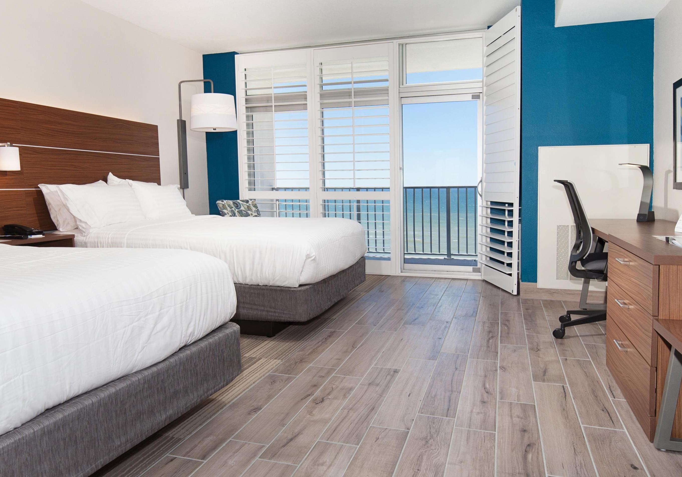 Holiday Inn Express & Suites Panama City Beach