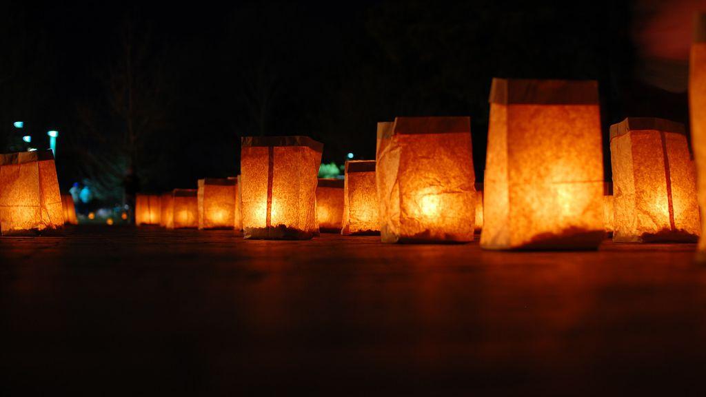 Tour Holiday Luminarias For A Southwestern