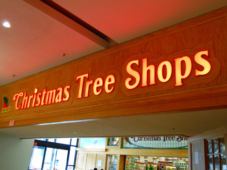 christmas tree shops sign - Christmas Tree Shop Augusta Maine