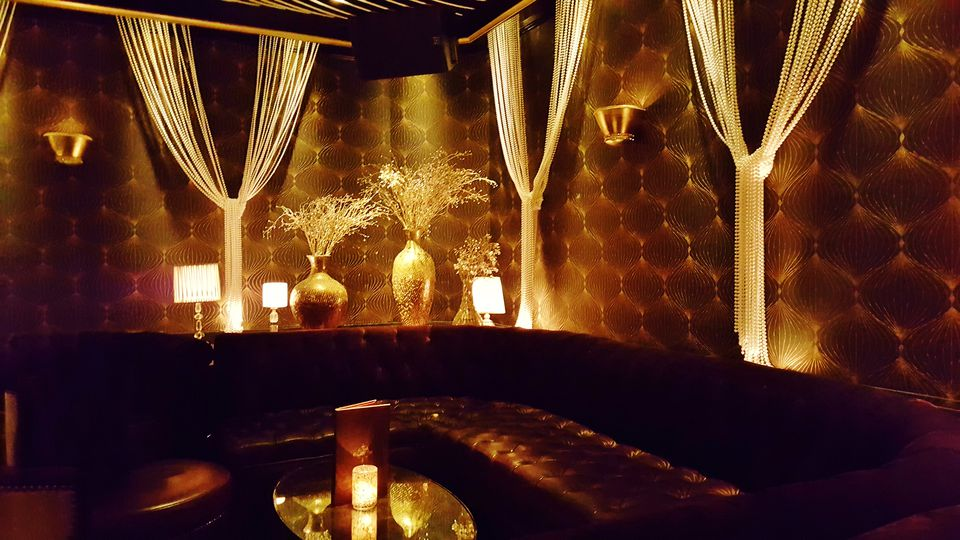 The Lounge at Beauty & Essex Las Vegas