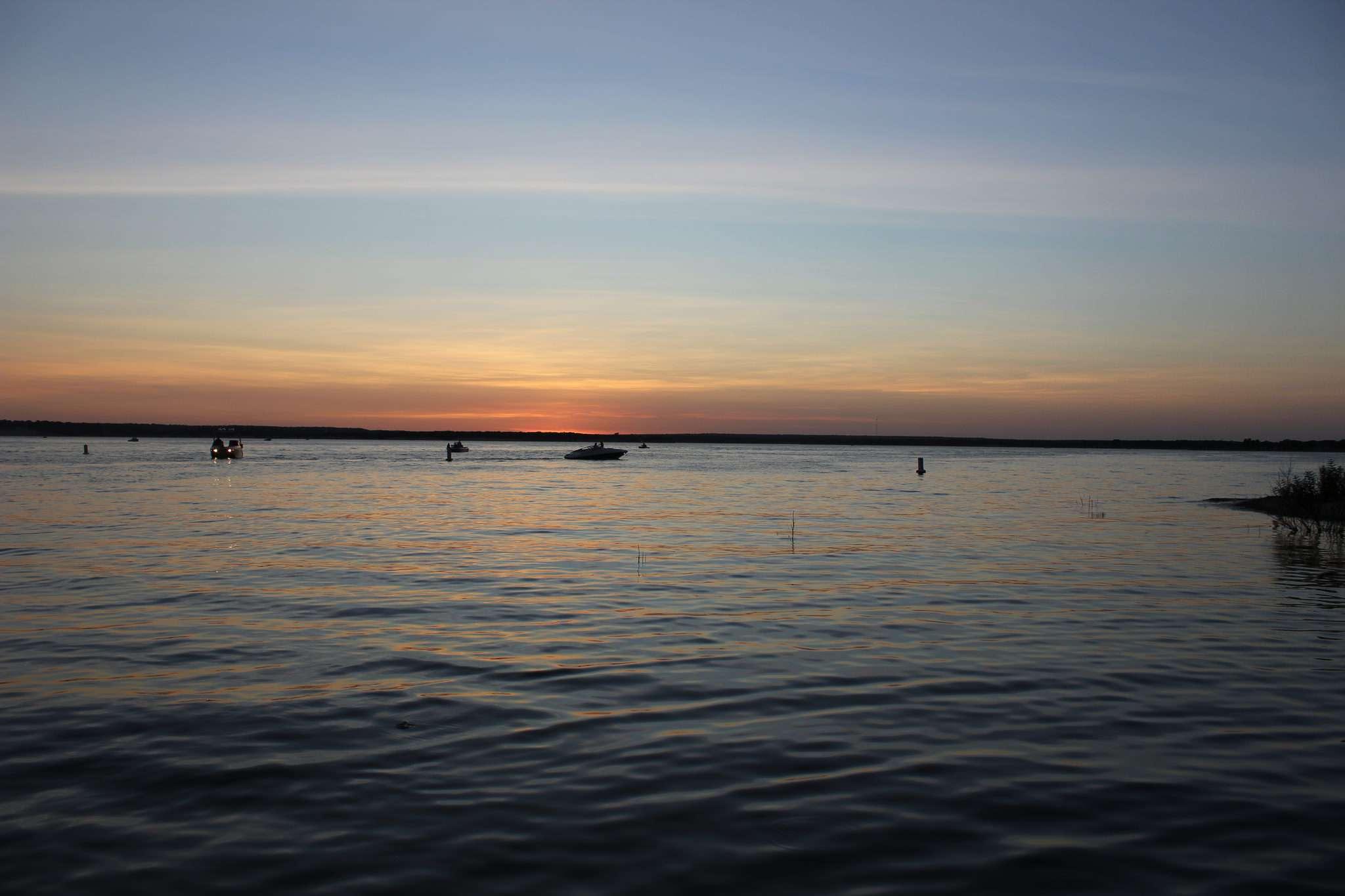 Anochecer del lago Whitney