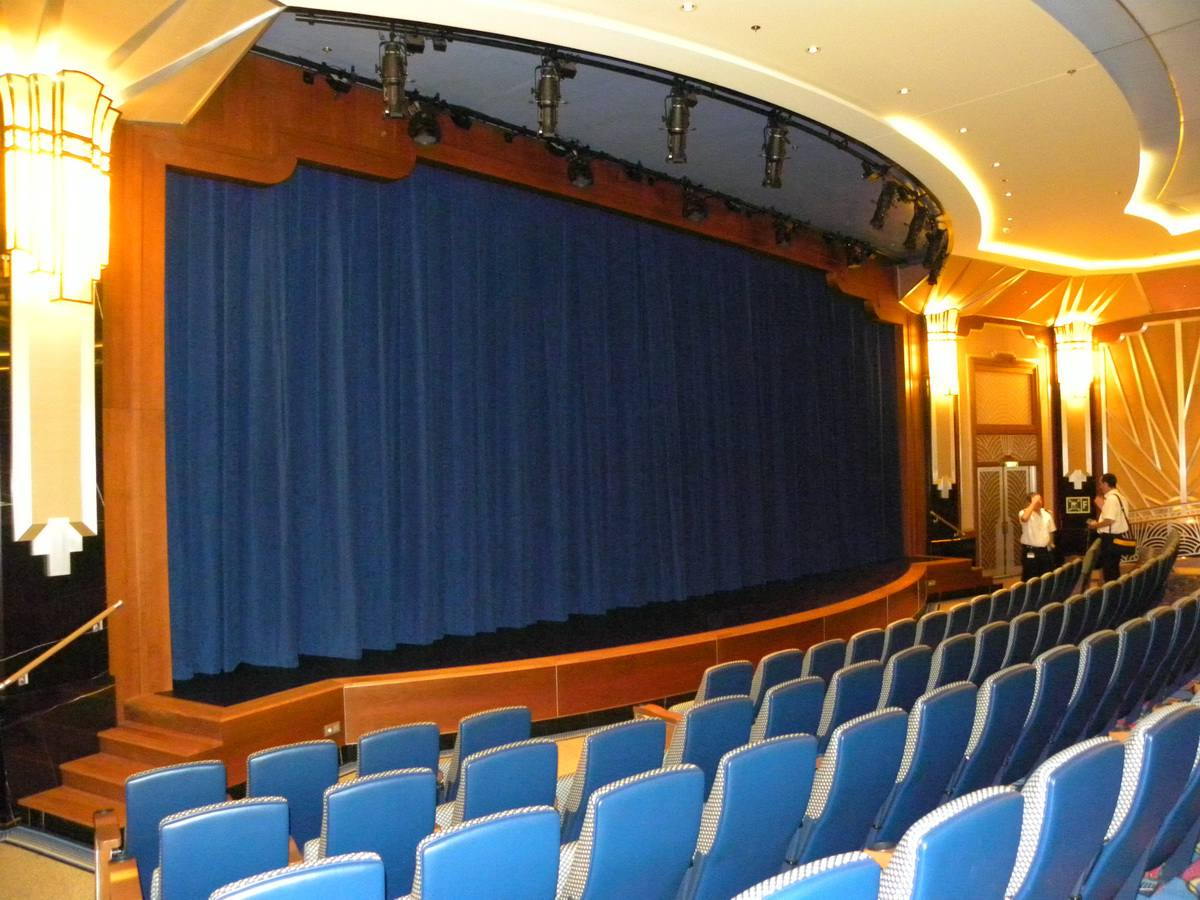 Disney Dream - Walt Disney Theater Stage