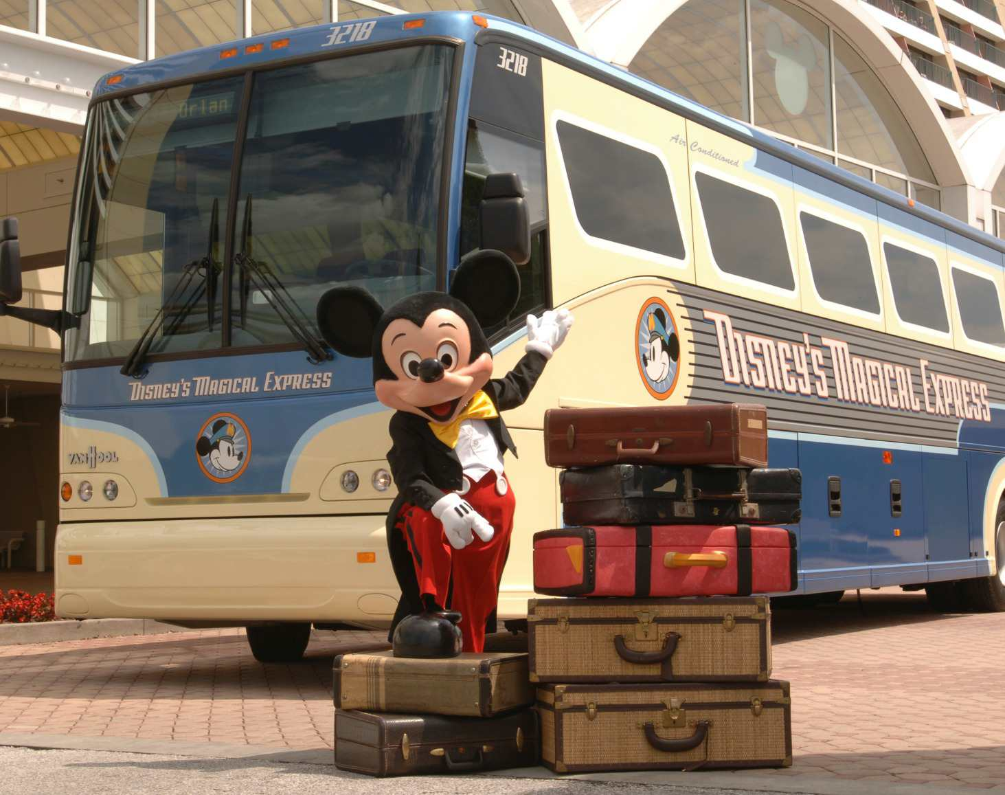 Magical Express bus for disney world