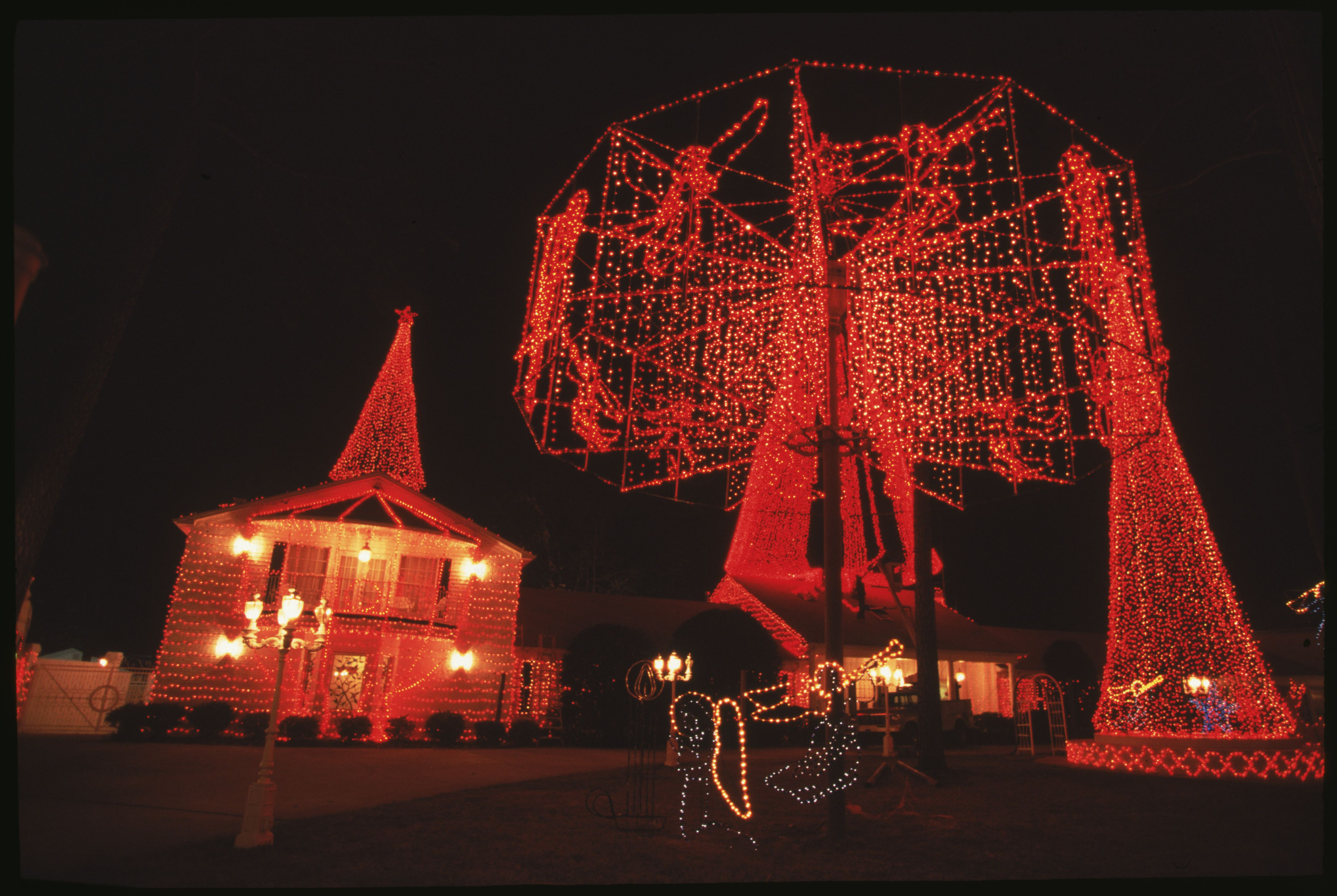 University Avenue Holiday Lights In >> Residential Holiday Light Displays In Little Rock Ar